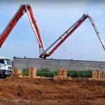 заливка столбов с использованием бетононасоса