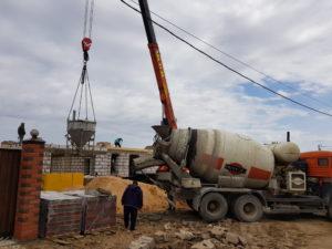 заливка бетона бадьей